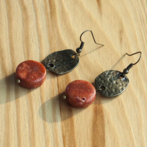 Moder jewelry with natural stone beads